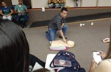 Colaboradores do Ceir recebem treinamento para socorro a vítimas de paradas cardiorrespiratórias