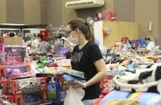 Sem filas, 1º dia de Bazar Leão Amigo com mais de 40 mil produtos à venda é marcado pela organização